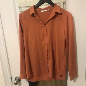 3/$16🥨or FREE with $22+ purchase. Uniqlo blouse.